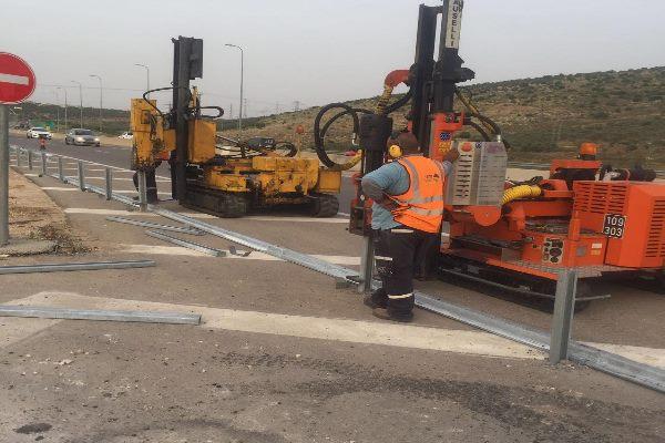 באיזה ציוד חשוב להשתמש במקרה של עבודות בכבישים?